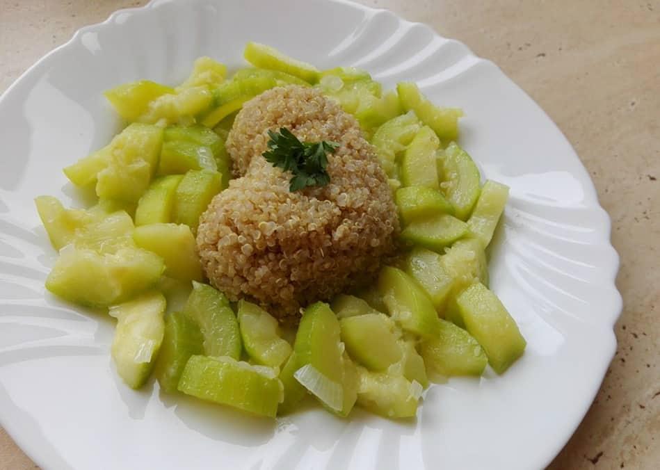 Rýchly, zdravý obed: Quinoa s cuketou