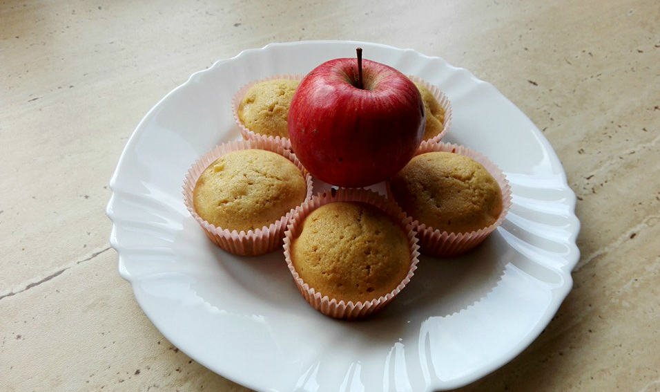 Jednoduché jablkové muffinky