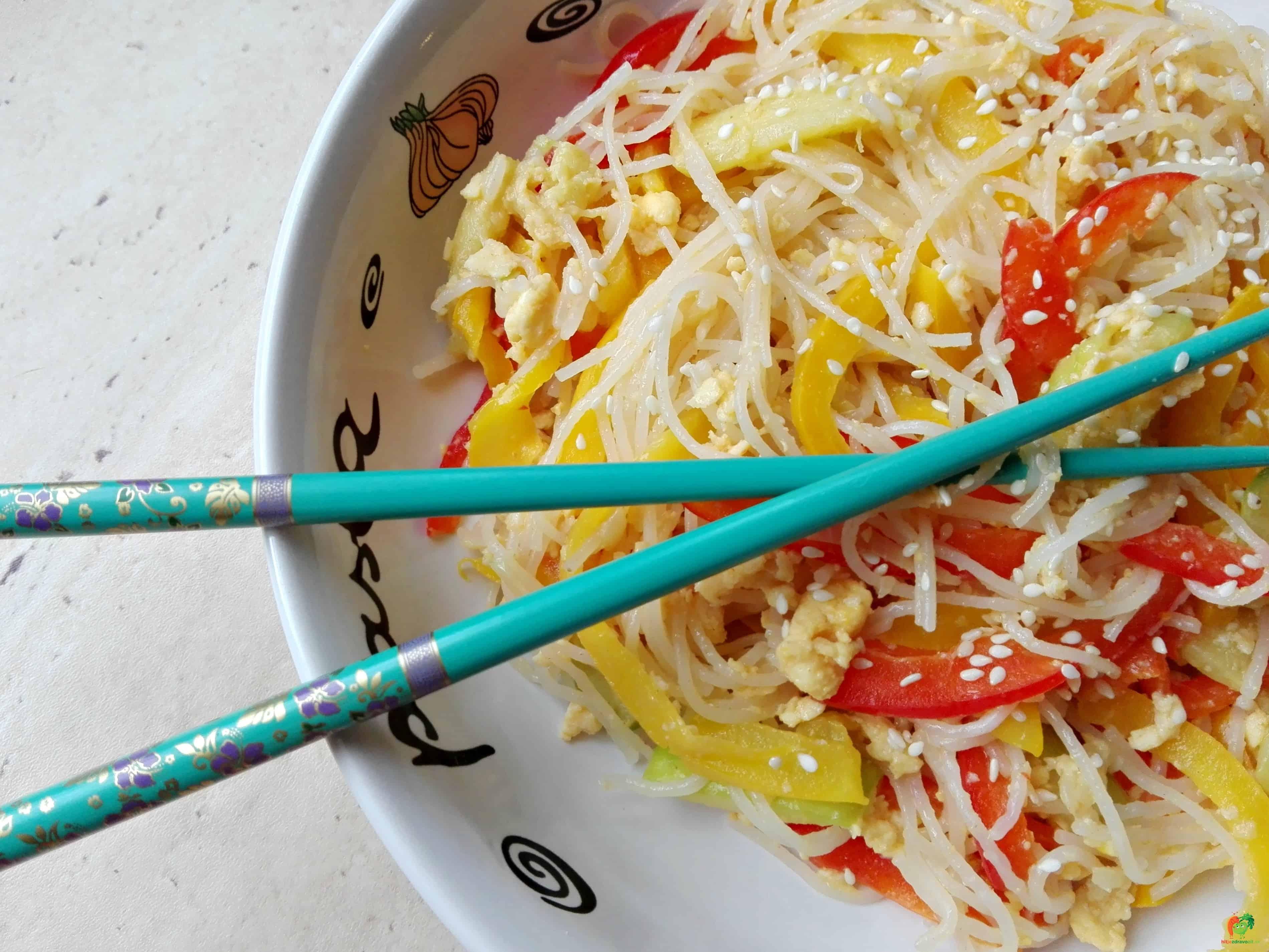 """Zeleninová """"čína"""" so sezamom"""