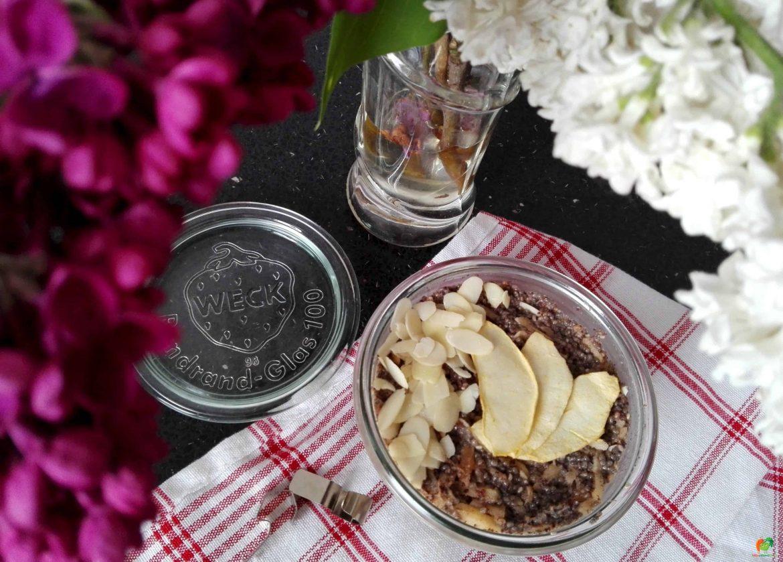 Makovo-jablkový chia puding