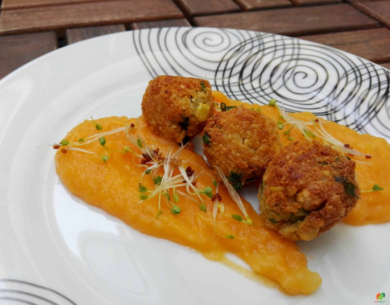 Falafel s batátovým pyré