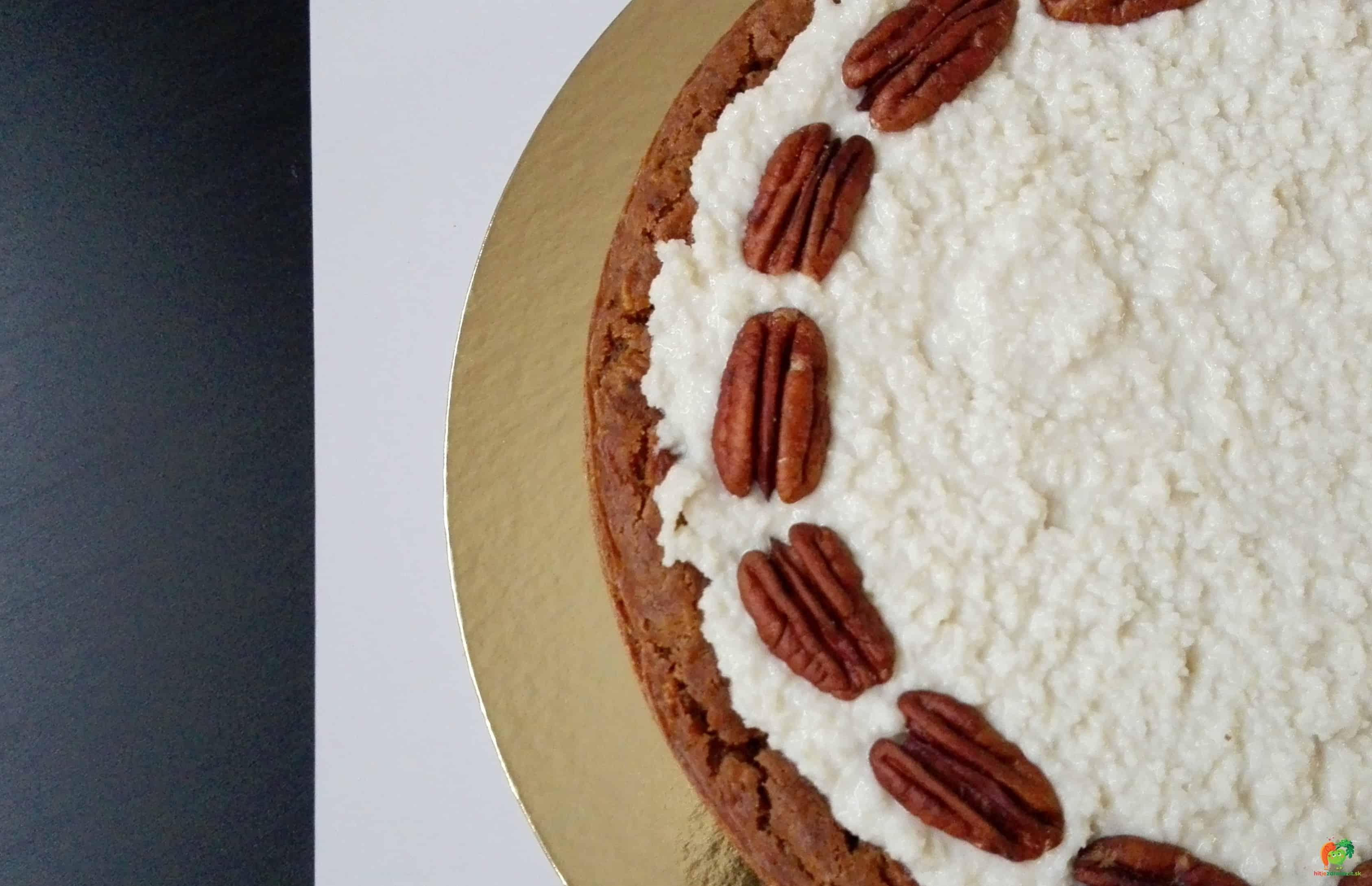 Mrkvová torta s orieškovým krémom