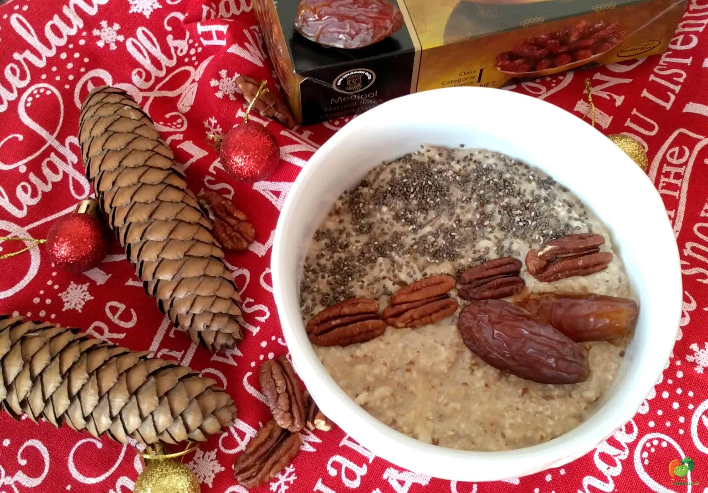 Bezlepková ovsená kaša s pekanovými orechami, datlami a jablkom