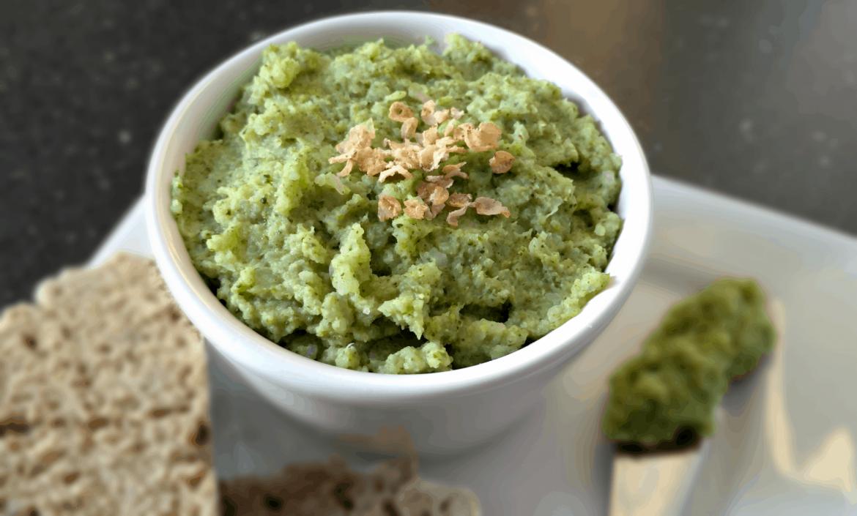 Vegan brokolicová pomazánka