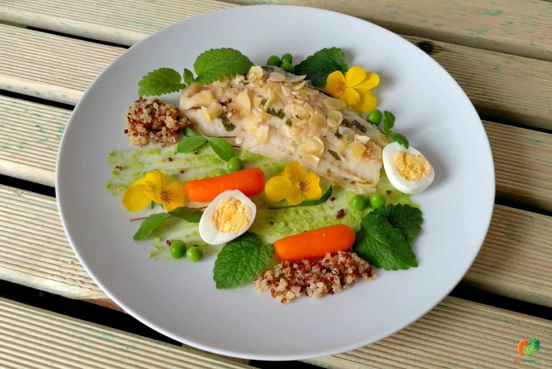Nie je ryba ako ryba | Hoki filety s hráškovým pyré a baby mrkvou