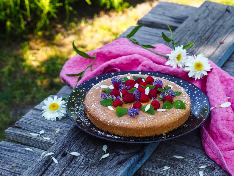 Ľahká letná torta